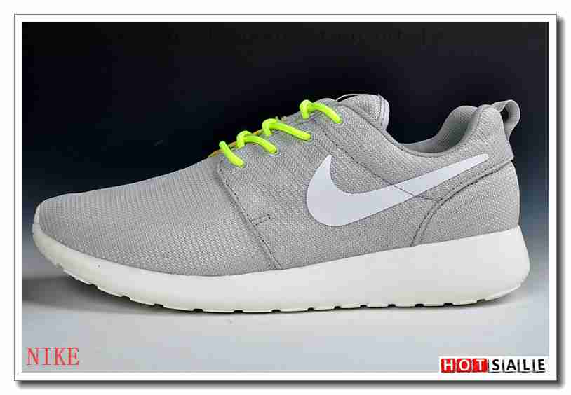 los angeles 6e5eb b628f NI6422 Simple 2018 Nouveau style Nike Roshe Run - Femme Chaussures - Soldes Pas  Cher -