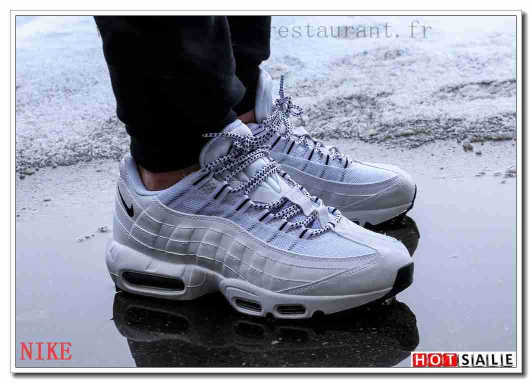 brand new 599f5 cbbe4 AH3261 brodé 2018 Nouveau style Nike Air Max 95 - Homme Chaussures -  Promotions Vente -