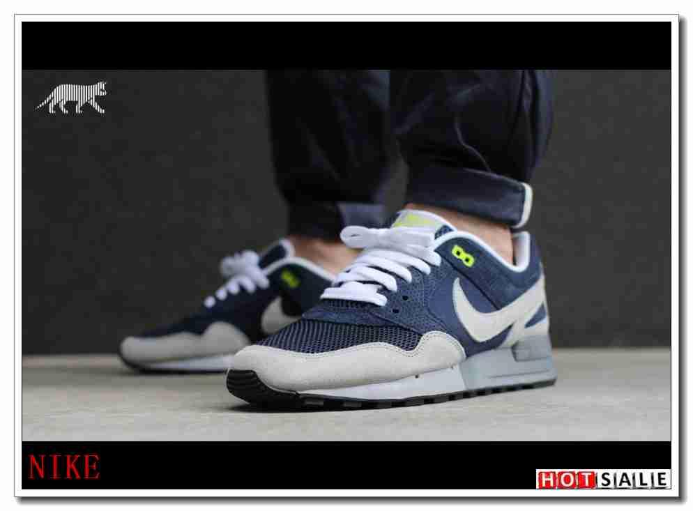 QN7228 Homme's chaussures 2018 Homme's QN7228 Air Jordan 7 blanc noir Bleu b1b7d3